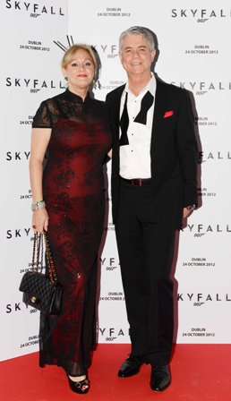 NO REPRO FEE. 24/10/2012. Pictured tonight at the Skyfall charity screening at The Savoy Cinema are Russell and Amanda Adams. The screening is in aid of 2 Irish charities LARCC and the Irish Cinema Benevolent Fund. A magnum of Bollinger was given to the best dressed man and best dressed woman and attendees enjoyed a Heineken drinks reception in Lillie's Bordello after the screening.Photo: Sasko Lazarov/Photocall Ireland